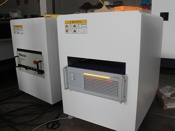 ماكينة القطع بالبلازما CNC ( تقطيع المعادن والألواح باستخدام بلازما HyPerformance)