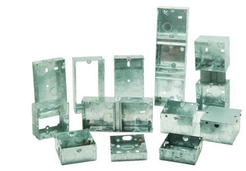آلة التخريم الأوتوماتيكية لتشكيل علبة التوزيع المعدنية (مع خط تخريم المعادن)